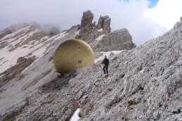 DeuxEtDemi Deux Et Demi Deux&Demi Deux & Demi Bivouac Club alpin altitude sphère boule